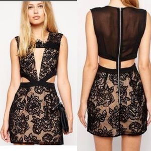 Stylestalker kiss Me Baby Lace Cutout Dress size S